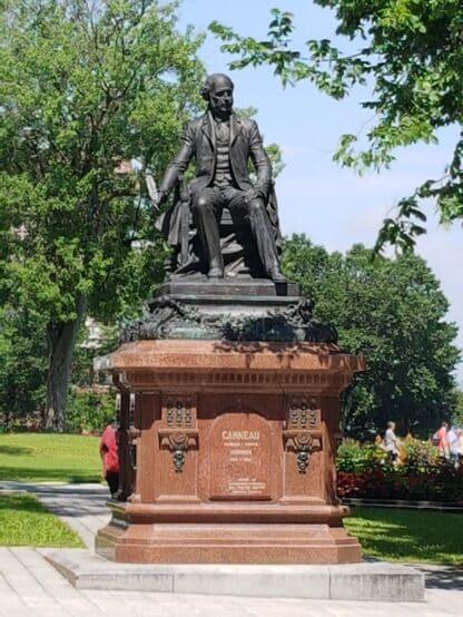 Monument François-Xavier Garneau